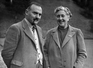 Агата Кристи со своим мужем